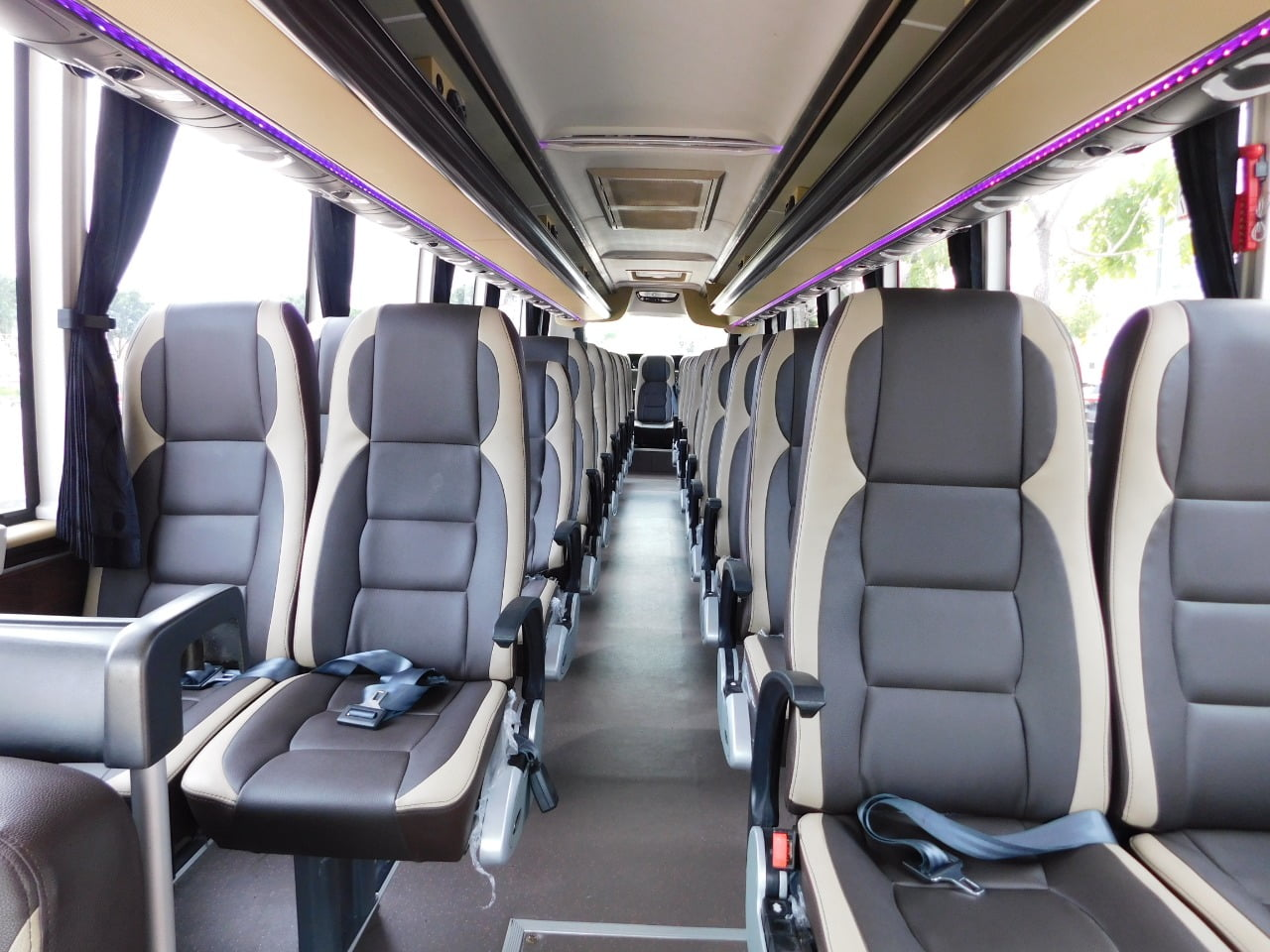 Batam Bus Rental 40 Seaters
